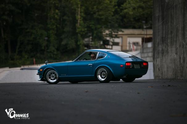 Holden-25