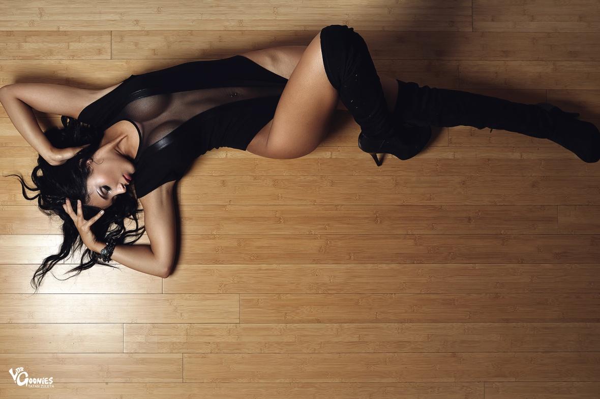 Ingrid Araly photography by Tatan Zuleta